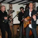 Florin Entertain At The Devonshire Arms, Middle Handley