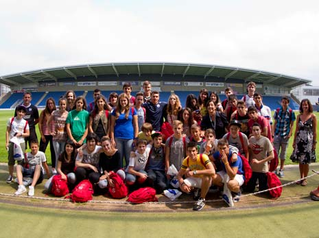 The Proact Stadium played host to some Spanish visitors, as students and leaders from the Chesterfield Centre, based in Madrid, paid the club a visit. They have been visiting the town since 1966.