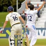 Borthwick And Smith Frustrate Derbyshire Bowlers On Day 3