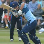Derbyshire Skipper Madsen Signs New Contract